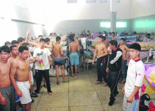 """""""سكنجبير"""" بالقرقوبي و""""مسمنة مخدرة"""" بـ300 درهم في سجون المغرب!"""