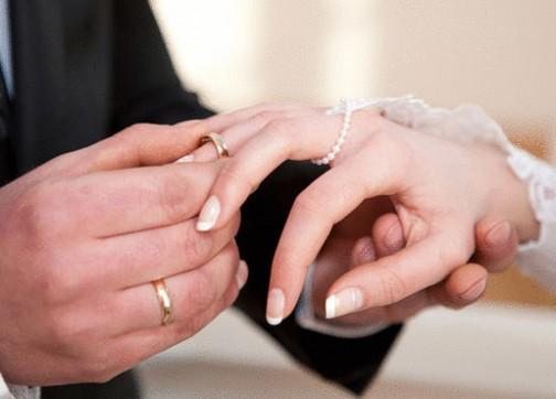 الأمن يبحث عن قاض طلق زوجة مهاجر ليتزوجها