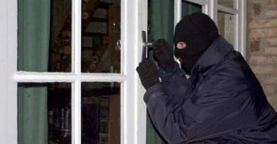 أكادير:اعتقال عائد من السجن يسرق محتويات المنازل بمفاتيح مزورة
