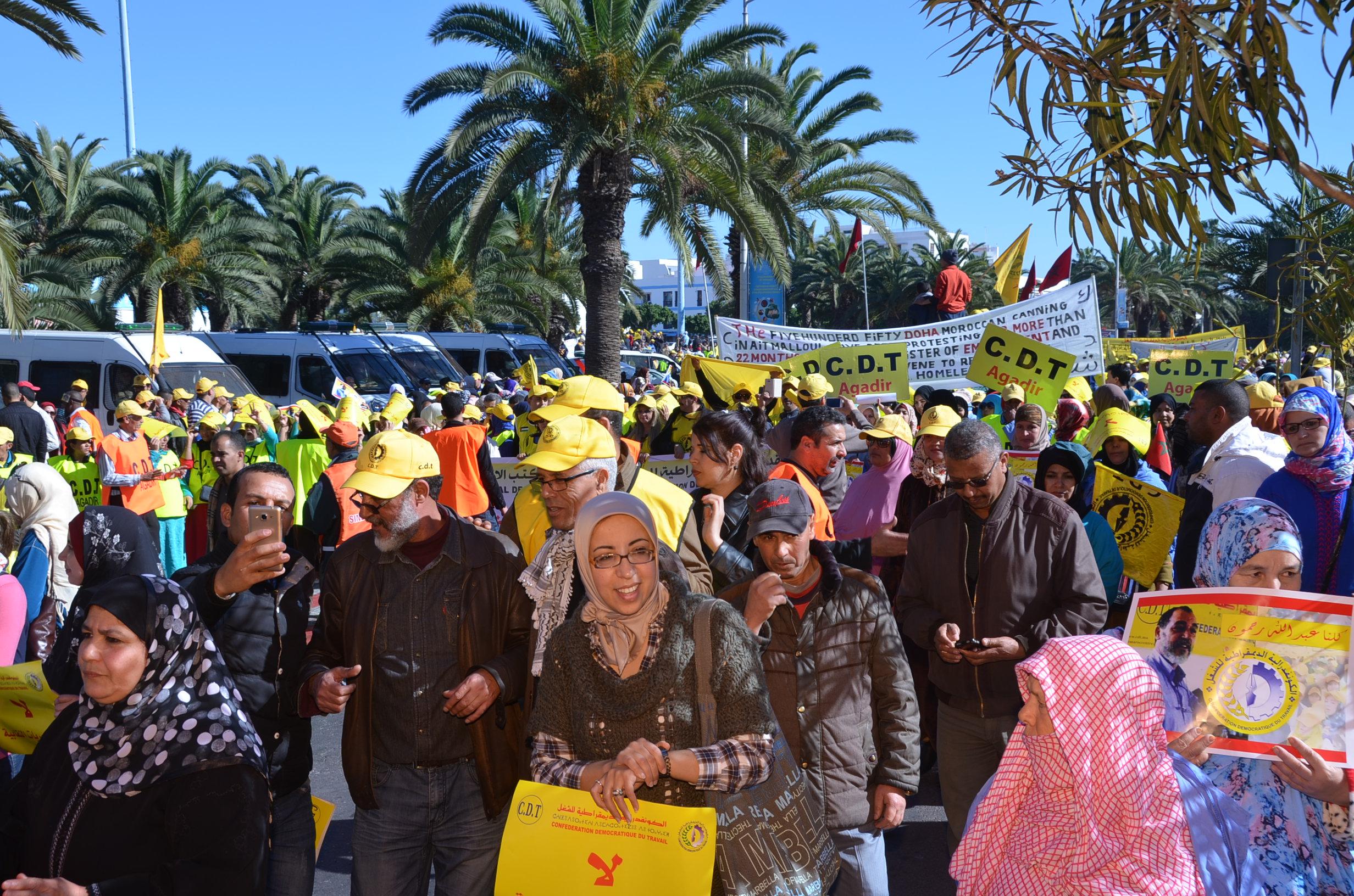 والي أمن أكادير يفاوض المحتجين ضد بيشا