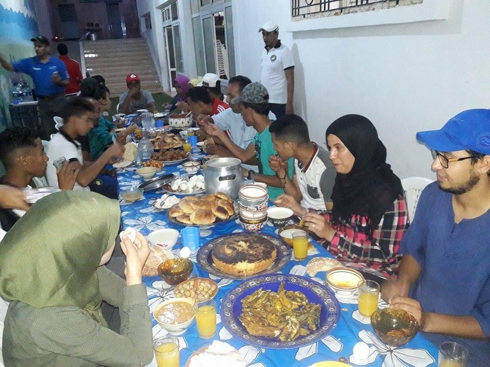 حكام ومراقبو المباريات في إفطار جماعي بتارودانت