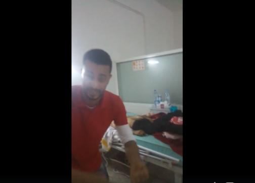 بالفيديو: شاب يناشد الملك باكيا ويعرض جثة شقيقه الذي قتله الإهمال