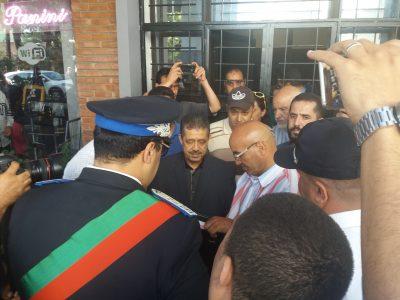 الأمن يقتحم مقر الاستقلاليين لطرد شباط