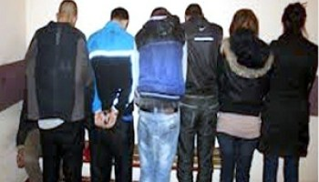 أكادير: اعتقال ثلاثة شبان وثلاثة من عشيقاتهم يسرقون بالعنف