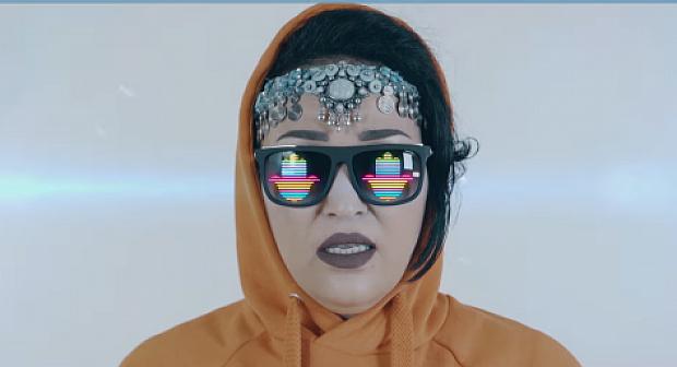 بالفيديو: تاشنويت تفاجئ جمهورها بأغنية عربية وبلوك شبابي