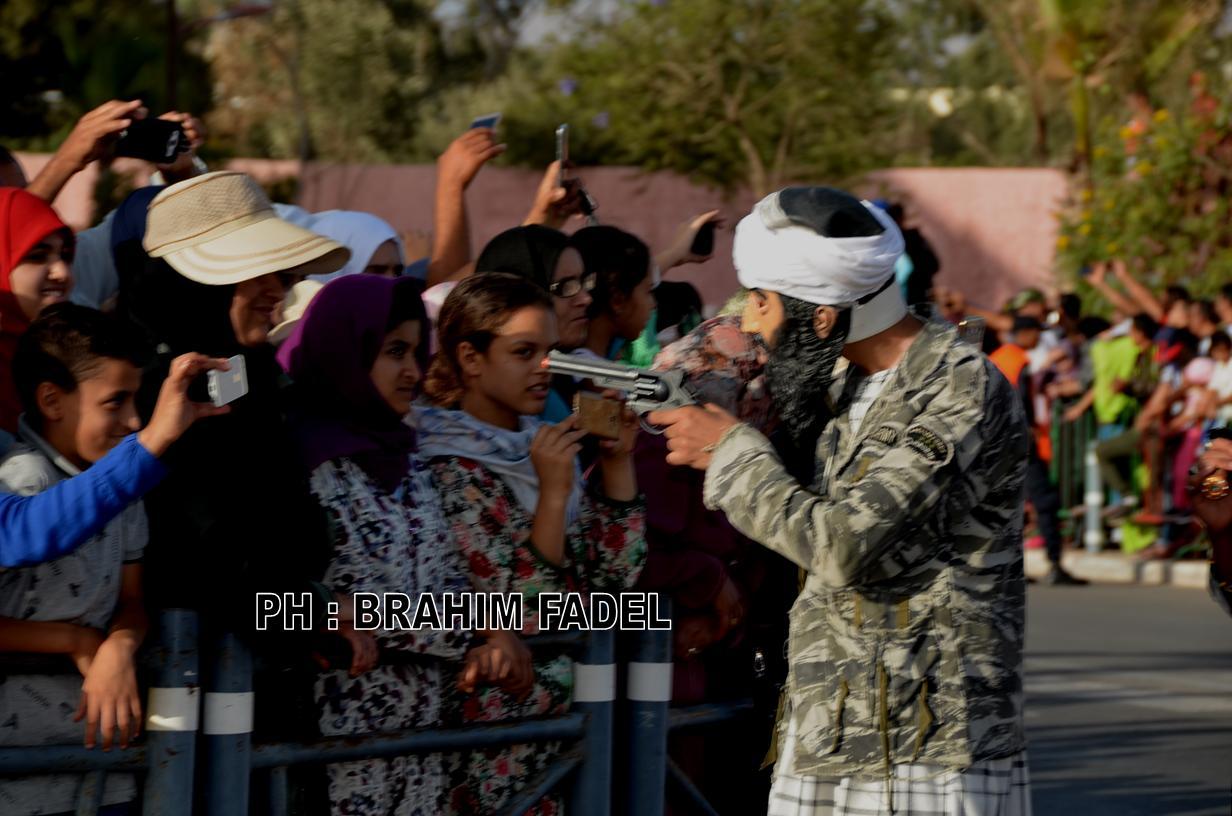 إنزكان : اسامة بلدن يطلق الرصاص في اقوى لحظات كرنفال بيلماون بودماون / بالصور