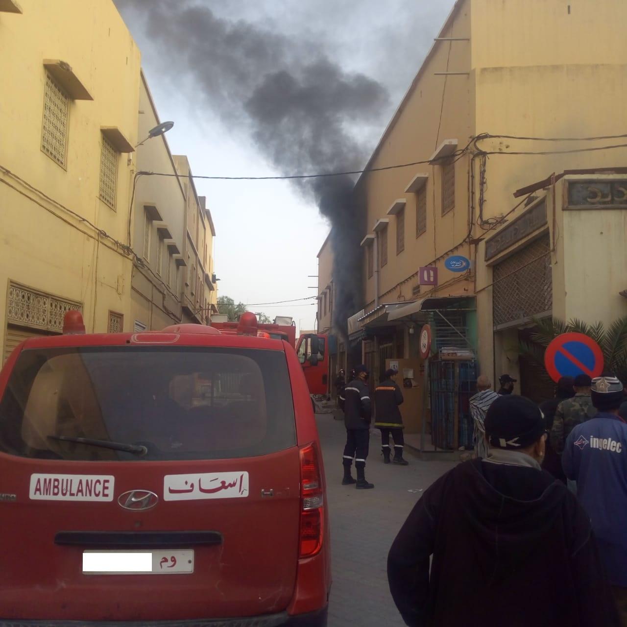 تارودانت.. إندلاع حريق مهول بقسارية وسط المدينة